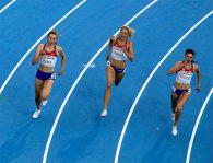 Почему спортсмены бегут налево?